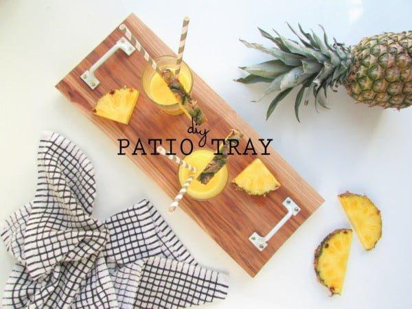 DIY Patio Serving Tray #DIY #organize #serving #homedecor #coffeetable