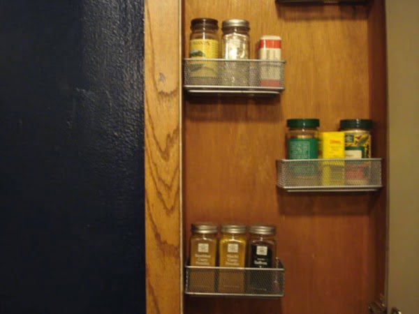 Look!: Alexis' DIY Spice Rack #DIY #organize #kitchendesign #homedecor
