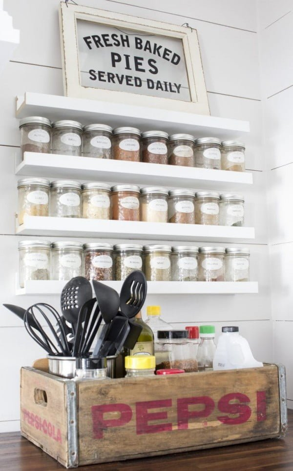 How To Store More Spices with This Easy DIY Spice Rack! #DIY #organize #kitchendesign #homedecor