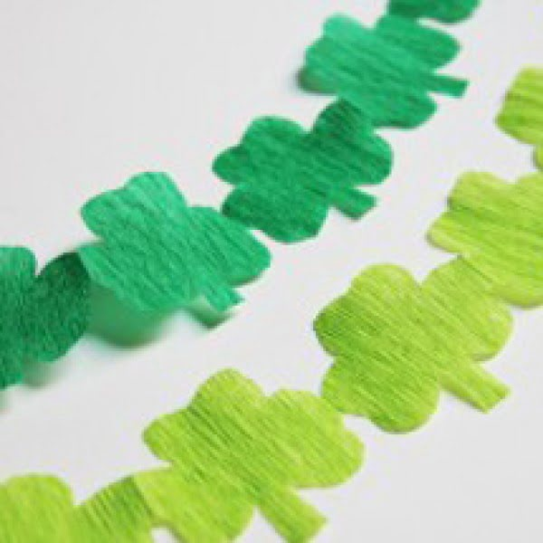St. Patrick's Day DIY Shamrock Streamer Garland