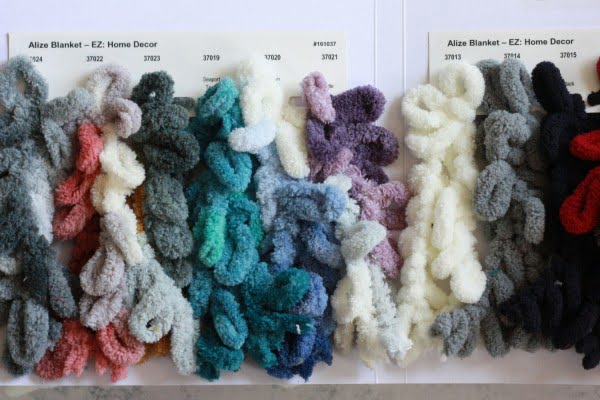 HOW TO FINGER KNIT A THROW BLANKET
