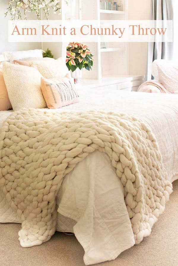 Chunky Arm Knit Throw DIY #DIY #homedecor #crafts