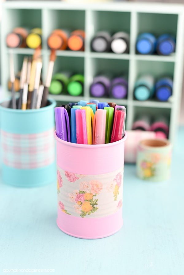 DIY Tin Can Organizers #DIY #homedecor #tincan #crafts #repurpose #upcycle
