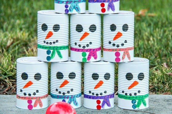 DIY Snowman Tin Can Toss #DIY #homedecor #tincan #crafts #repurpose #upcycle