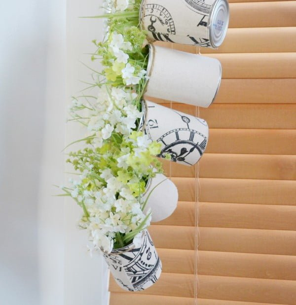 DIY Tin Can Hanging Planter #DIY #homedecor #tincan #crafts #repurpose #upcycle