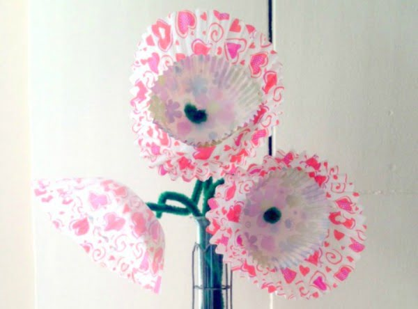 DIY Valentine's Day Cupcake Blooms Centerpiece Craft Flowers