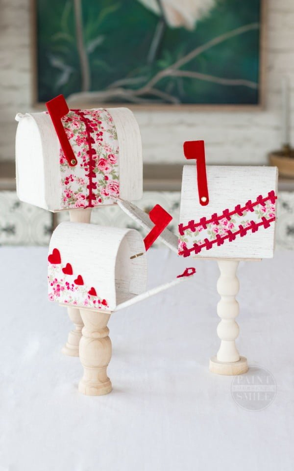 How To Make These Easy DIY Valentine's Mailboxes