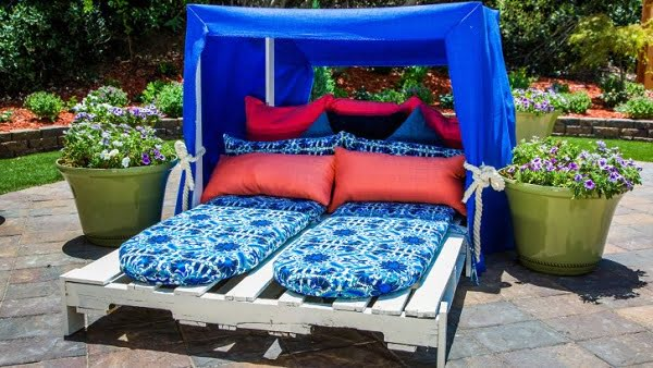 DIY pallet cabana #DIY #woodworking