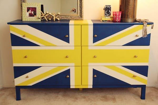 DIY Union Jack Dresser #DIY #bedroom #furniture #woodworking #dresser