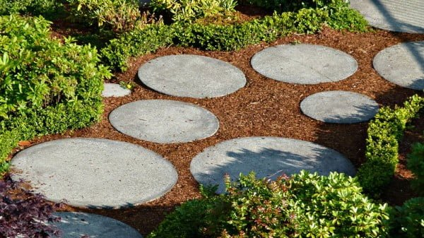 How to Lay a Garden Path    path