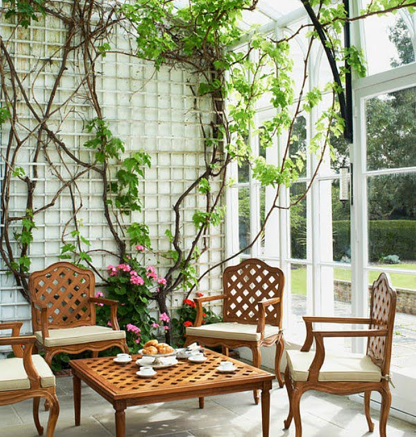How to use an indoor trellis #DIY #indoor #trellis #houseplants #homedecor