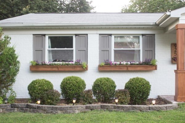 DIY Cedar Window Planters #DIY #windowbox #planter #gardening