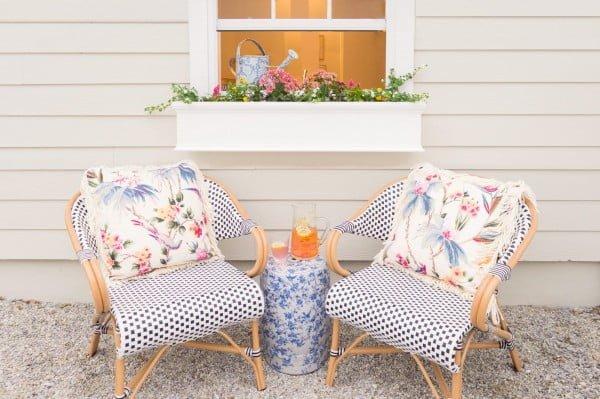 Our New Kitchen Window Flower Box #DIY #windowbox #planter #gardening