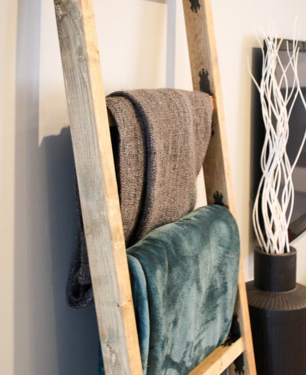 52 Easy DIY Blanket Ladders And You Simply Must Make One Too   decor