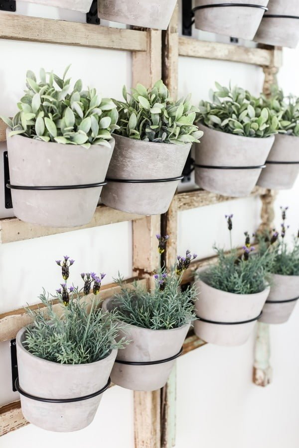28 Easy DIY Wall Planters to Green Up Your Home Walls
