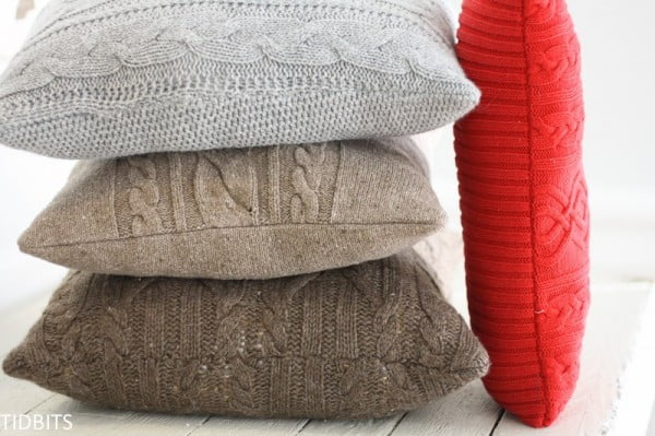 10 Insanely Easy DIY Pillow Cover Ideas