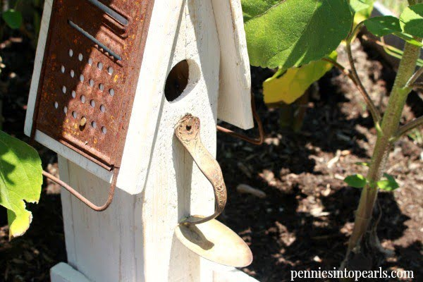 How to Make a Birdhouse From Scrap Wood    working