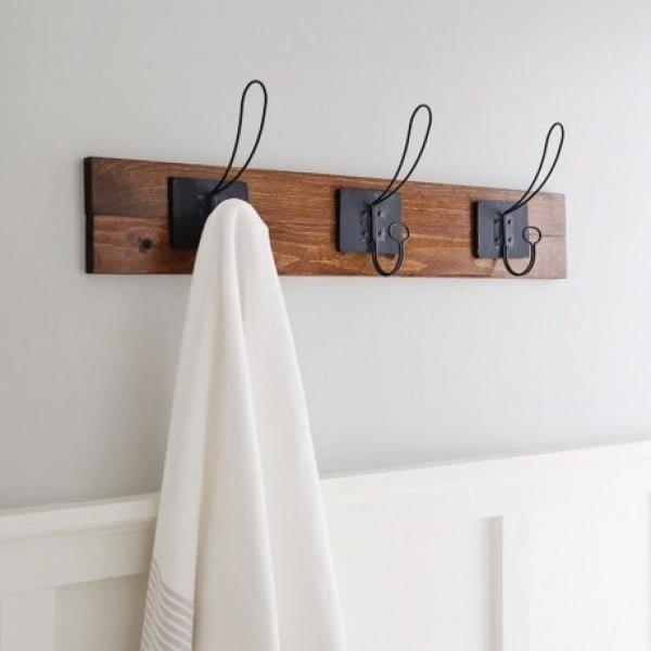 Farmhouse Style DIY Towel Rack
