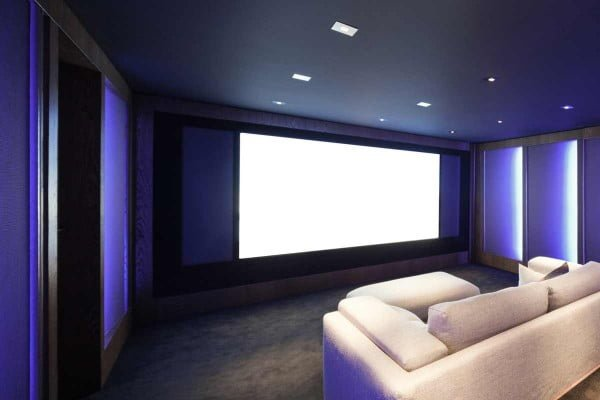 How to Make a Projector Screen at Home