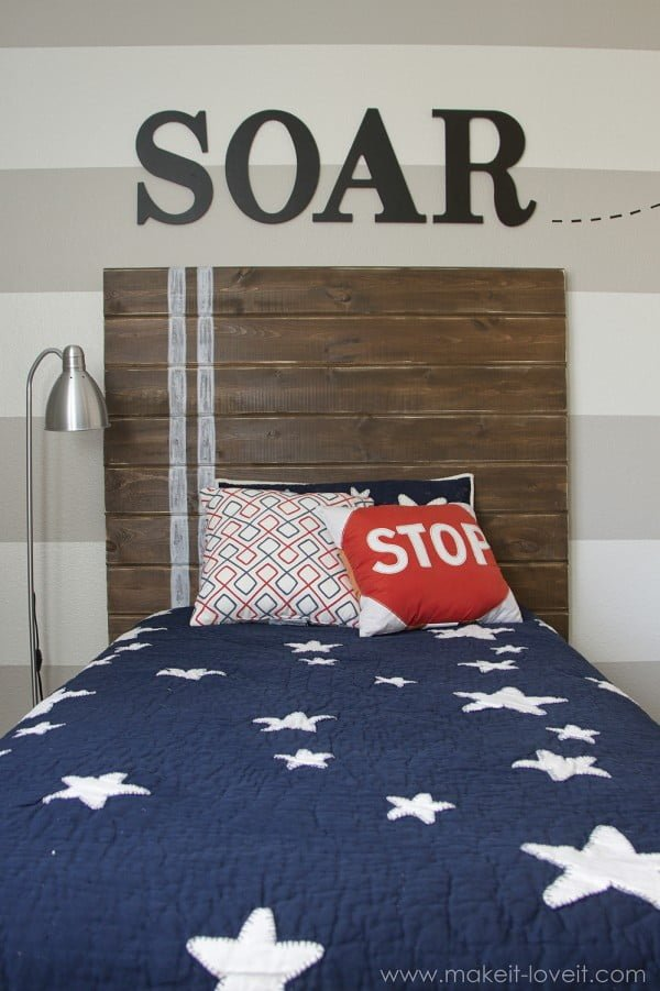 DIY Headboards wood planks