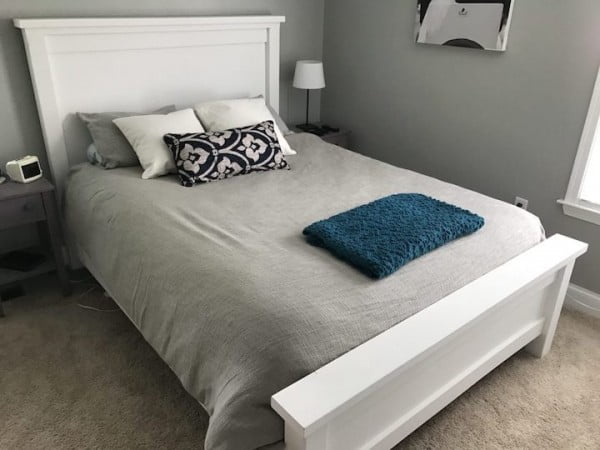 DIY Farmhouse Bed (Step-by-Step Instructions)