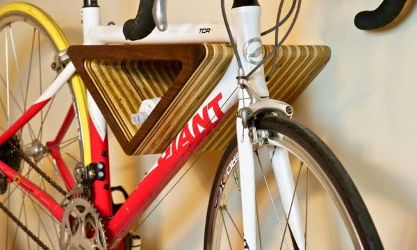 DIY Floating Wall-Mounted Bike Rack
