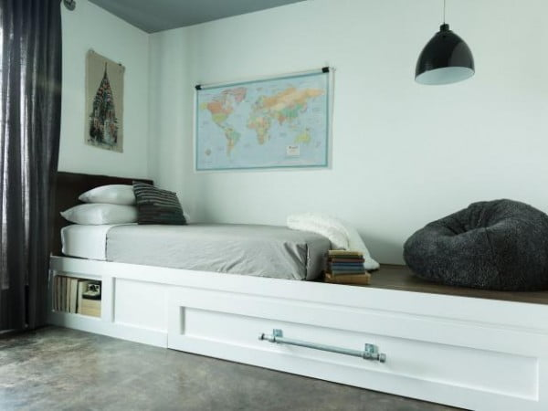 trundle daybed and reading nook