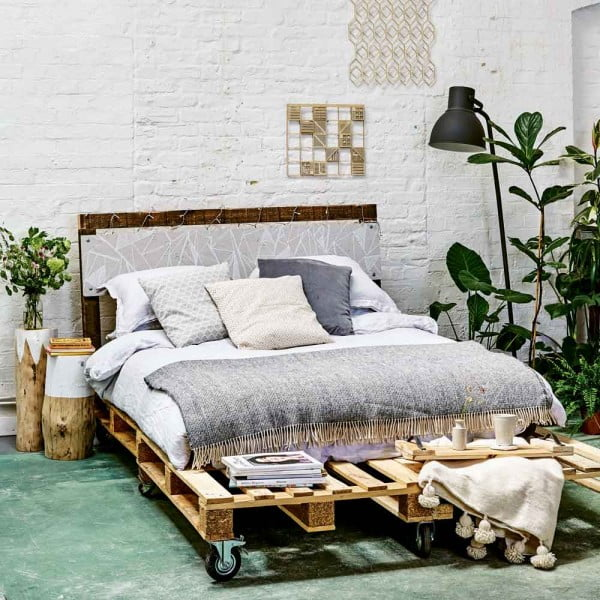 build a DIY bed in Scandinavian style from pallets