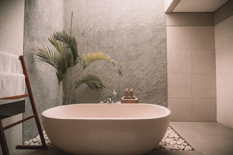 bathtub spa home