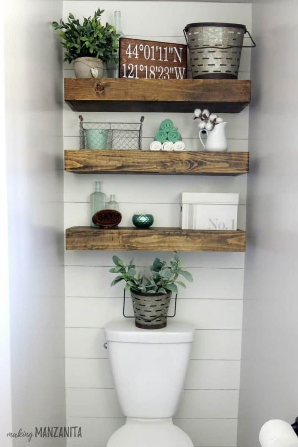 small bathroom accent wall
