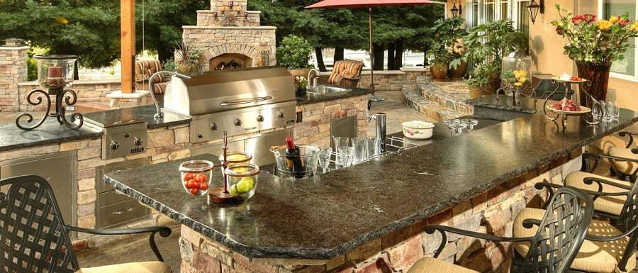 outdoor kitchen bar