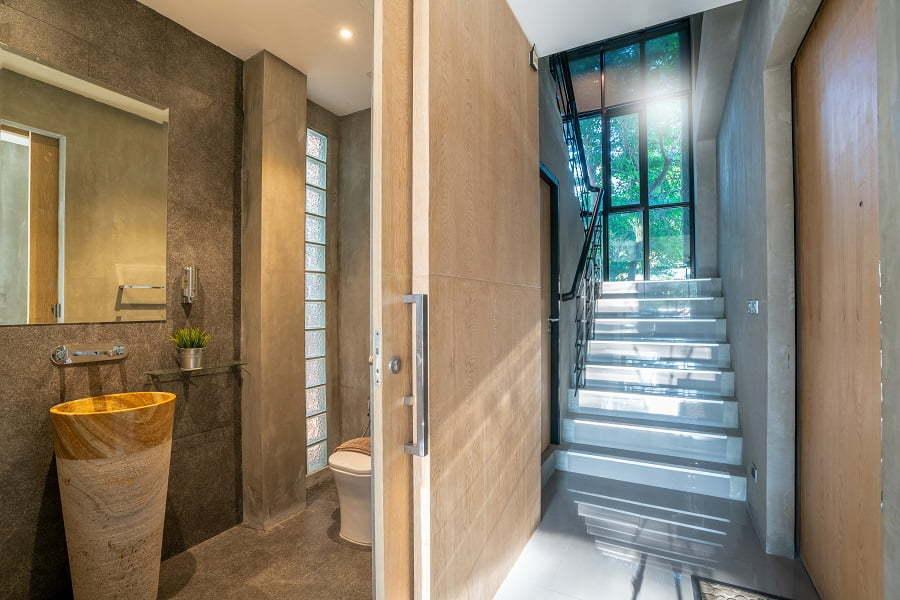 bathroom solid walls