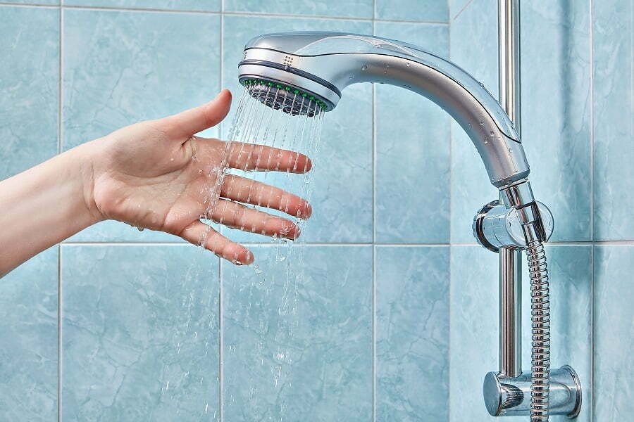 turning on the showerhead