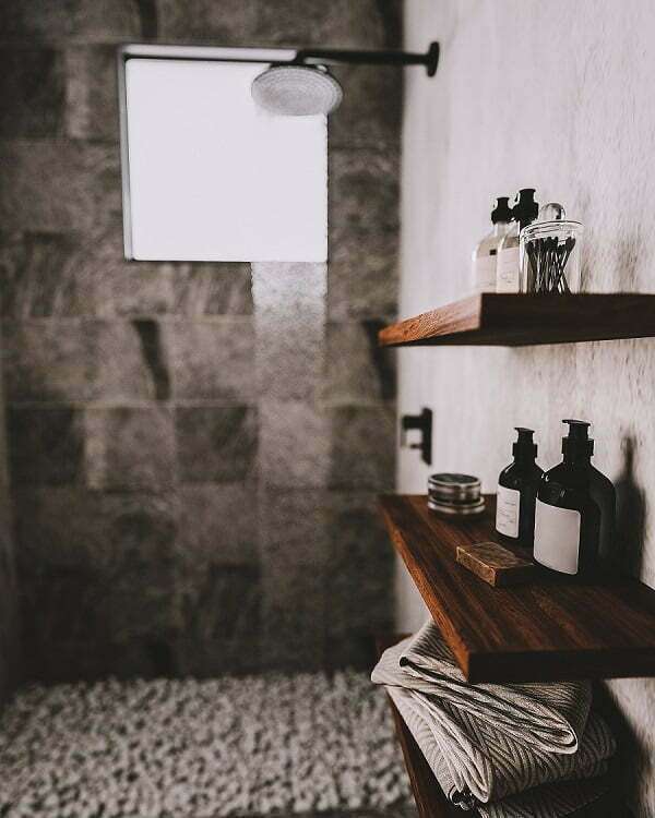 industrial bathroom decor